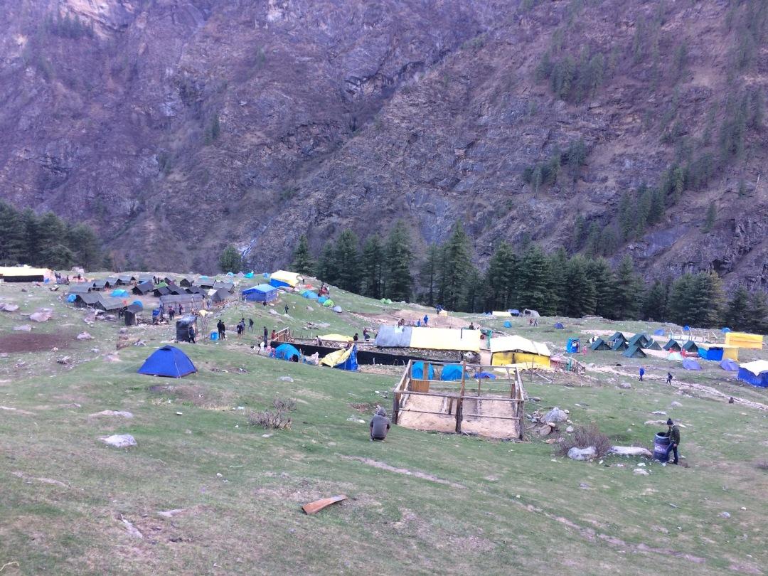 The beautiful Kheerganga campsite