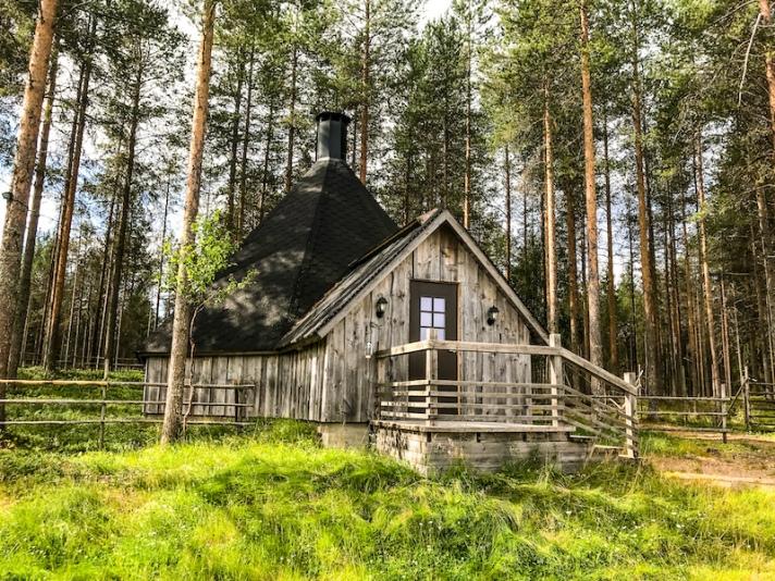 A cabin in Rovaniemi in summer
