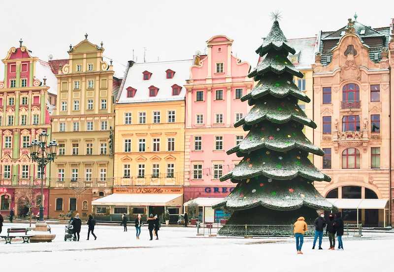 Ryenk with Christmas tree under snow