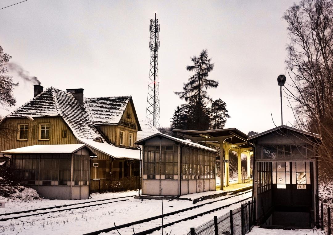 Ludwikowice Kłodzkie train station near Bielawa